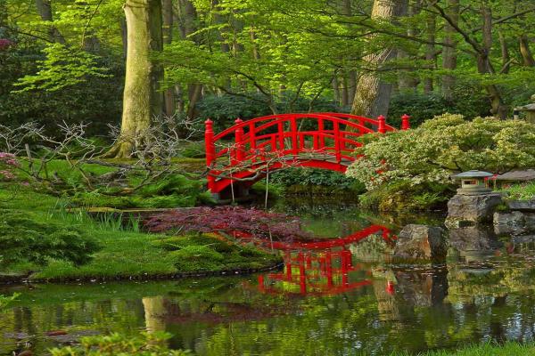 Tapisserie murale jardin japonais izoa for Grand tableau mural zen