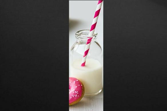 Papier peint déco cuisine Donut & Milk