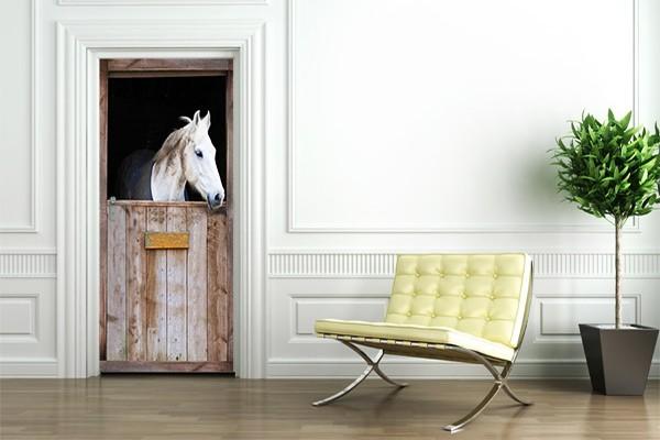 Sticker porte decoration cheval blanc izoa for Stickers porte blanc