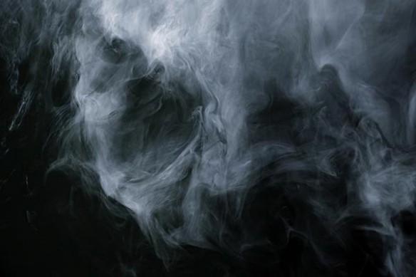 fumé noir et blanc