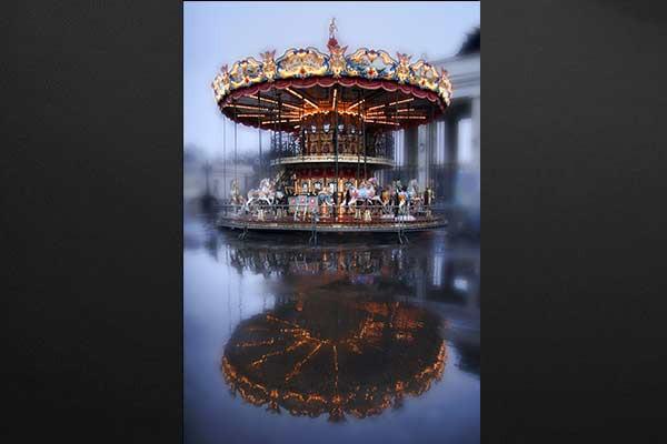 Tableau d coration carroussel izoa for Tableau decoration com