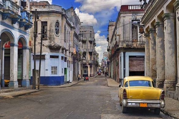 Papier peint trompe l'oeil Rue Cubaine