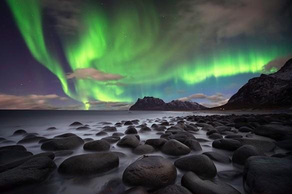tableau contemporain mer et aurore