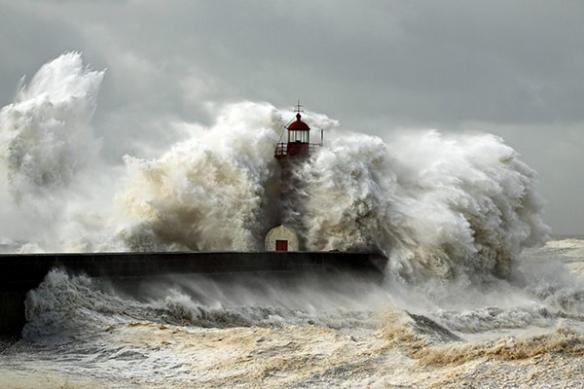 tempête Phare océan atlantique