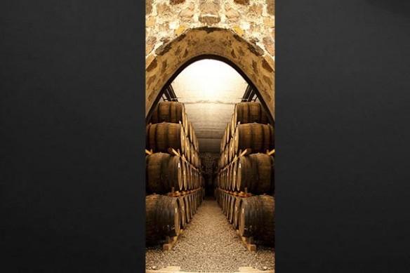 Déco porte cave à vin Tonneaux