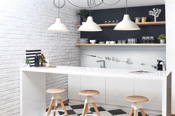 cr dence d co rondins en bois. Black Bedroom Furniture Sets. Home Design Ideas