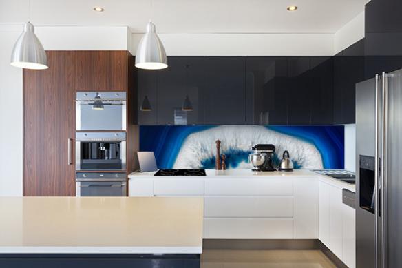 Crédence aluminium cuisine île bleue