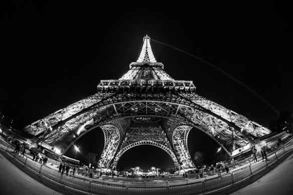 papier-peint-paris-la-nuit