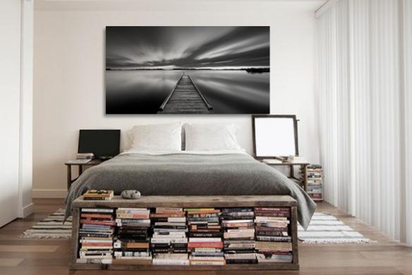 tableau noir et blanc pour chambre jetée sur un lac