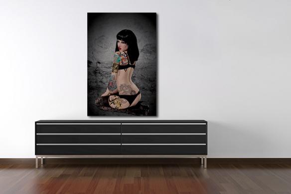 Tableau femme nu Tatouée