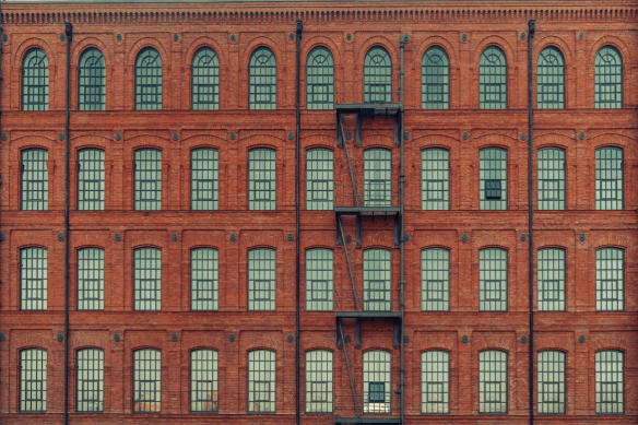facade-brique-trompe-oeil