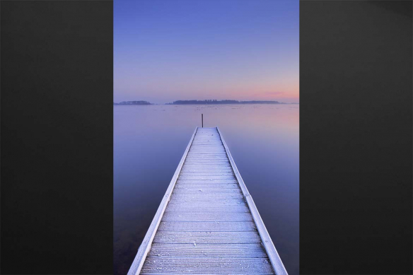 Toile lac tout droit vers l'horizon