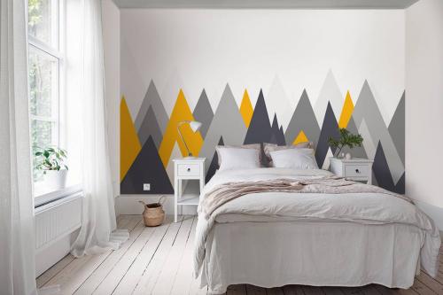 Papier peint scandinave Montagnes grises et jaunes