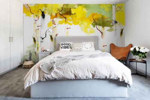 Papier peint scandinave Forêt de bouleau blanc en automne