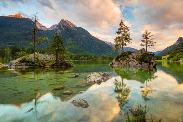Papier peint panoramique Vue-sur-le-lac