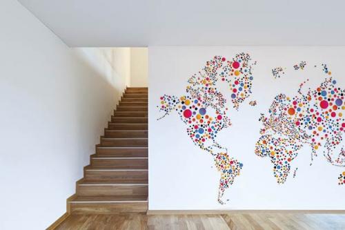 Carte du monde déco papier peint planisphère ronds colorés