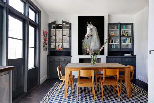 toile-moderne-cheval-blanc
