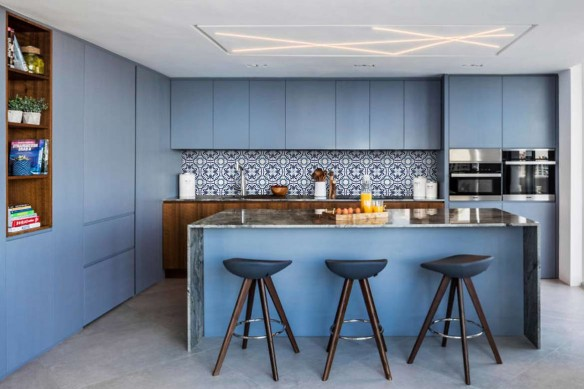 credence-adhésive imitation carreaux de ciment bleu-bouma