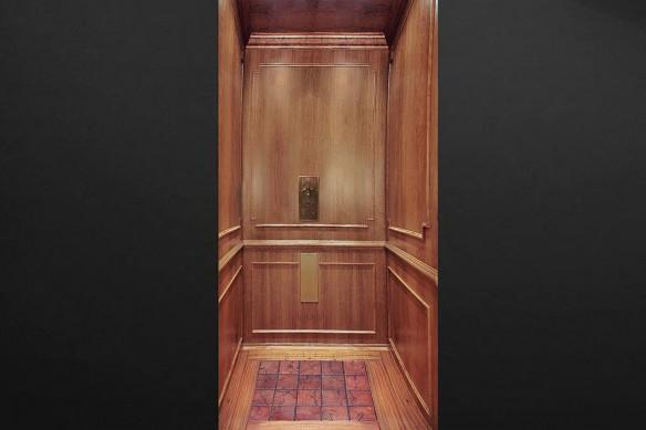 stickers-porte-bois-ascenseur
