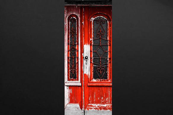 trompe-l-oeil-ancienne-porte-rouge