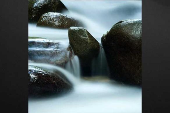 cascade d'un ruisseau toile deco