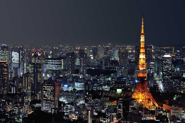 tableau japonais tour de tokyo. Black Bedroom Furniture Sets. Home Design Ideas