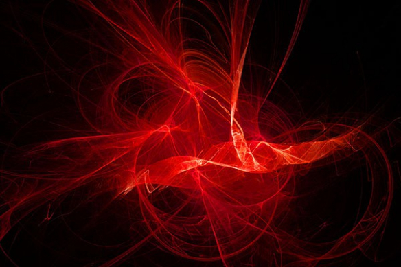 feu dansant rouge