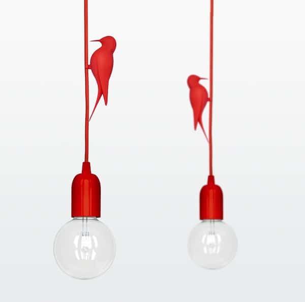 l 39 oiseau pos sur une lampe blog toile design et moderne d 39 izoa. Black Bedroom Furniture Sets. Home Design Ideas