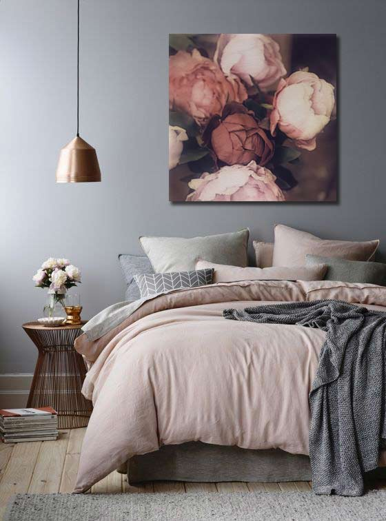 quel tableau pour un mur gris blog izoa. Black Bedroom Furniture Sets. Home Design Ideas
