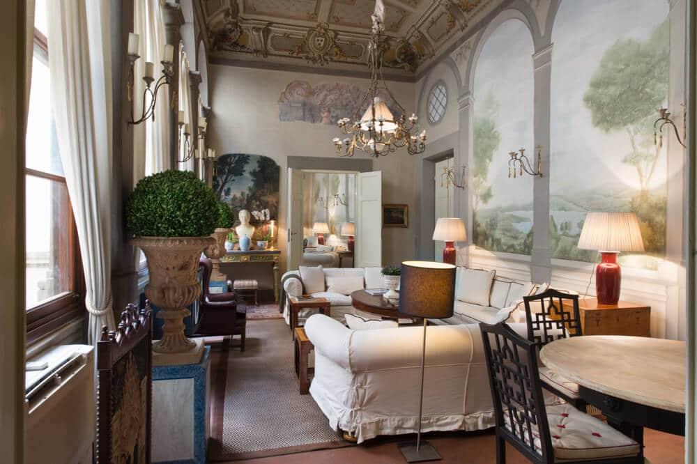 Appartement déco baroque à Florence