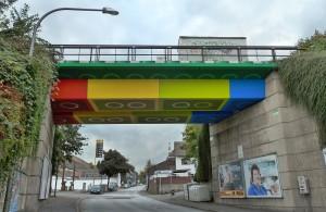 pont lego street art