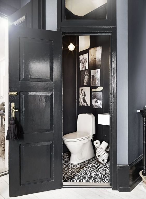 Déco toilettes noir et blanc