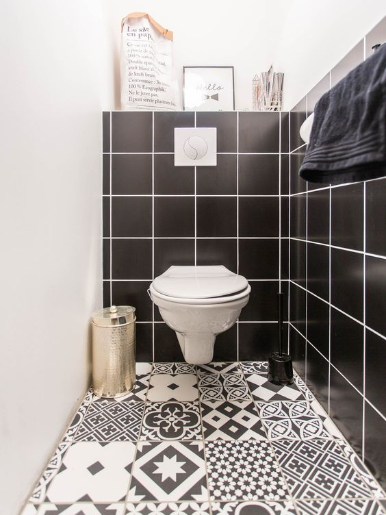 wc carrelage azulero noir et blanc