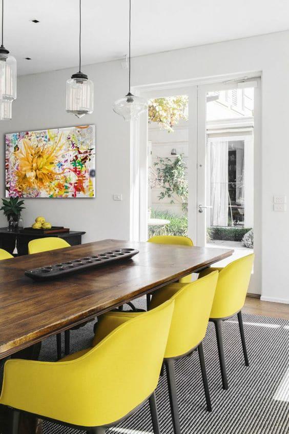 décoration salleà manger tableau fleur jaune