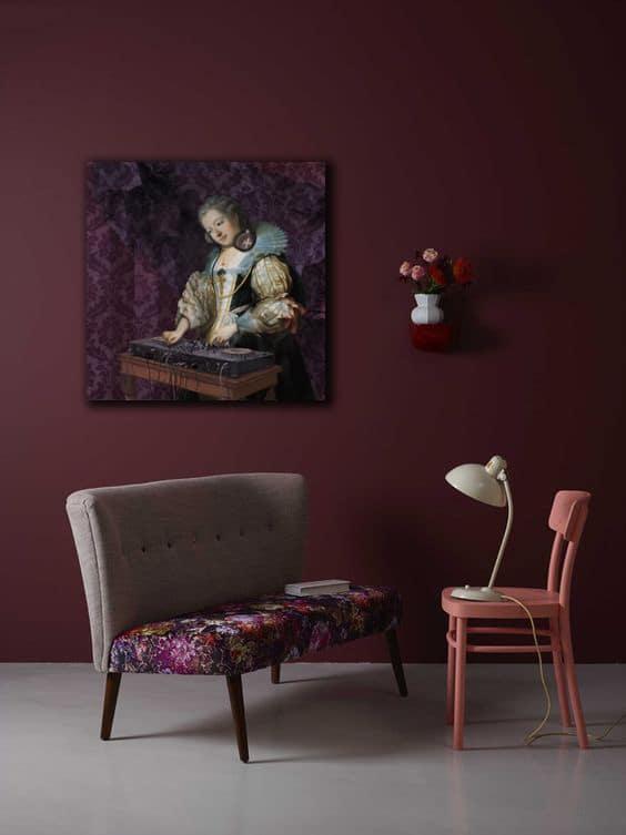 Deco De Salon Avec Les Couleurs Bordeau Et Doree