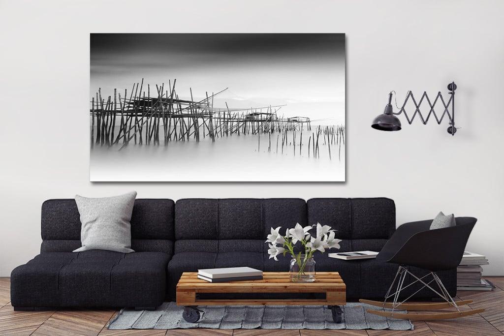 Canapé gris anthacite et tableau noir et blanc