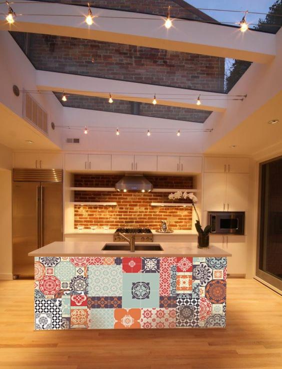 décorer son ilot de cuisine avec papier peint