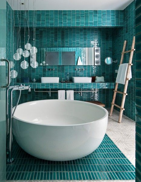 Salle de bain bleu turquoise