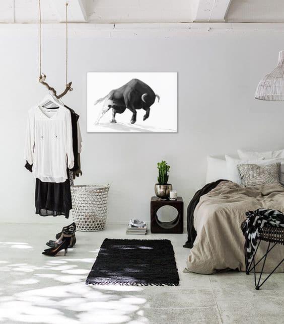 Déco chambre noir et blanc tableau moderne taureau