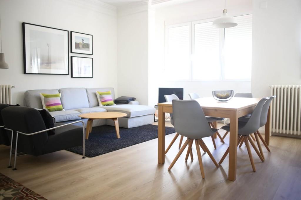 espace séjour salle à manger moderne