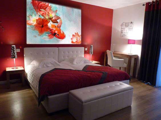 Emejing Deco Chambre Rouge Et Beige Photos - lalawgroup.us ...