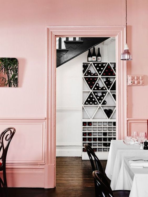 Peindre son mur rose pastel