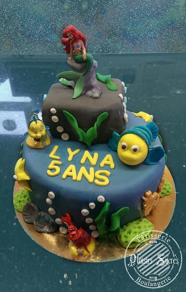 gâteau original anniversaire petite sirène