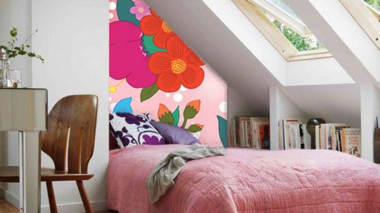 Papier Peint Chambre Mansardée décoration combles avec un papier peint scandinave design
