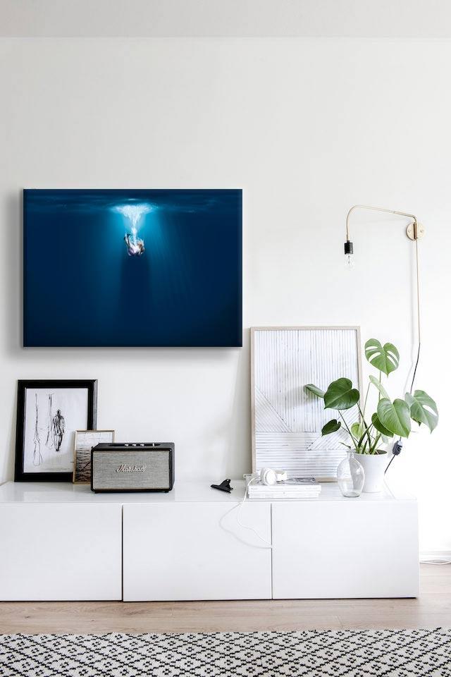 tableau-contemporain-bleu-décor-sobre