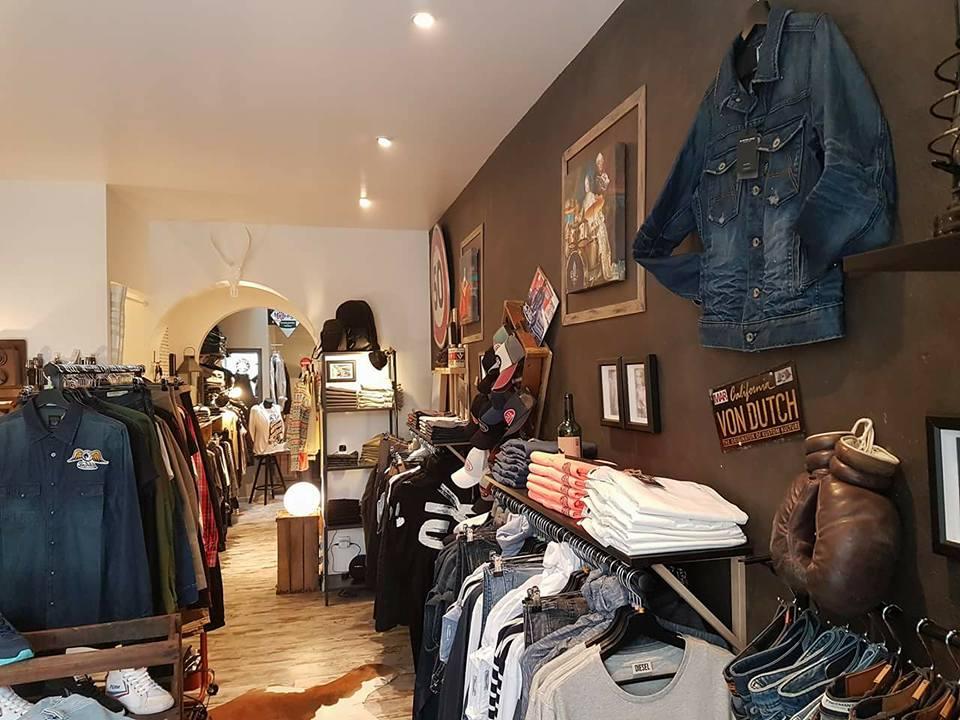 deco magasin vêtements tableaux izoa