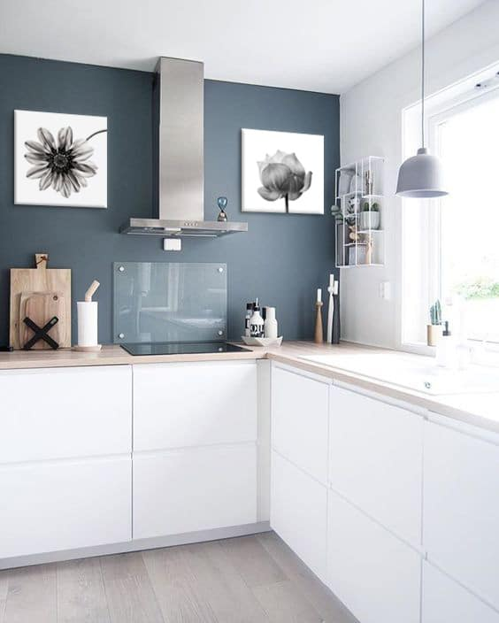 Decoration cuisine blanche photos de conception de for Idee deco pour cuisine blanche
