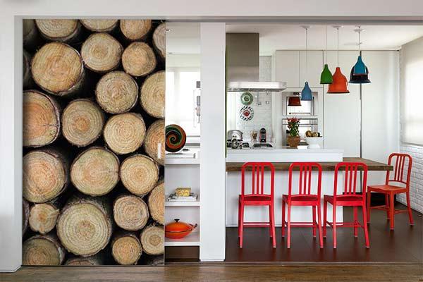 trompe-oeil-papier-peint-sur-porte-cuisine
