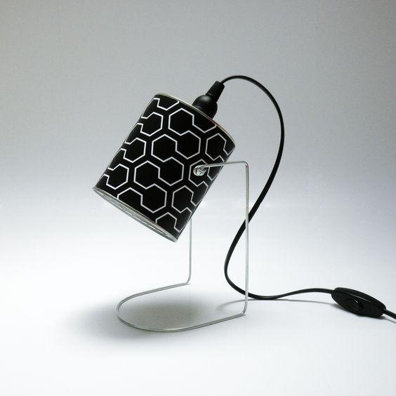 lampe design noir et blanc