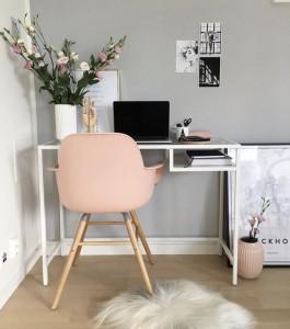 décoration bureau moderne gris et rose